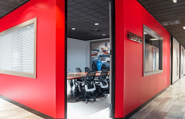 houston business lounge coworking space